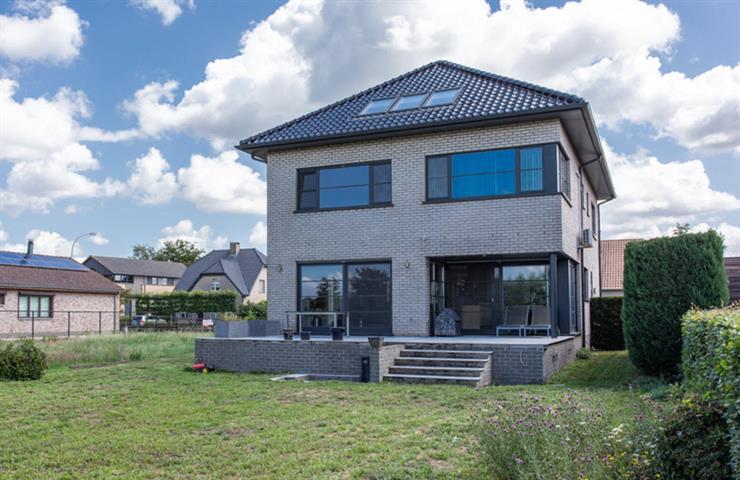Te koop: villa te Essen - Postbaan 30